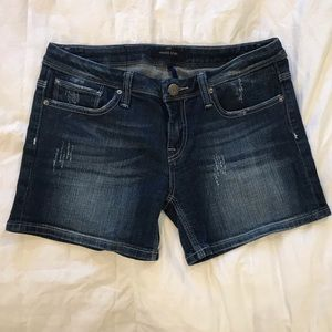 11/12 or 31 jean shorts